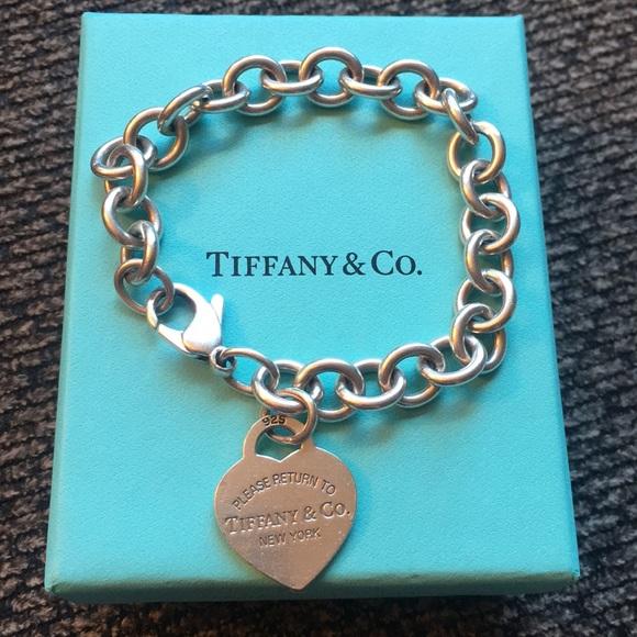 b0e35d2e27b Tiffany   Co. Heart Tag Charm Bracelet. M 5b3ec88ebb7615304a9d1a3e